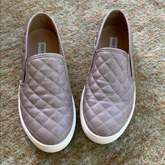 Steve Madden Shoes | Ecentrcq Grey